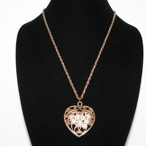 Vintage heart necklace with caged pearls
